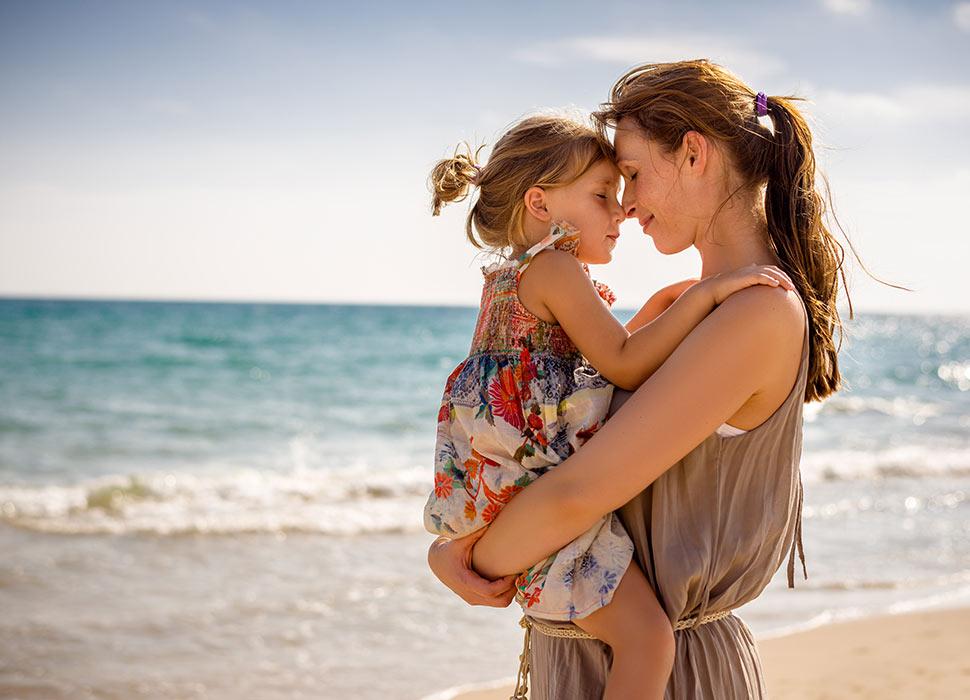 5-reasons-to-love-motherhood