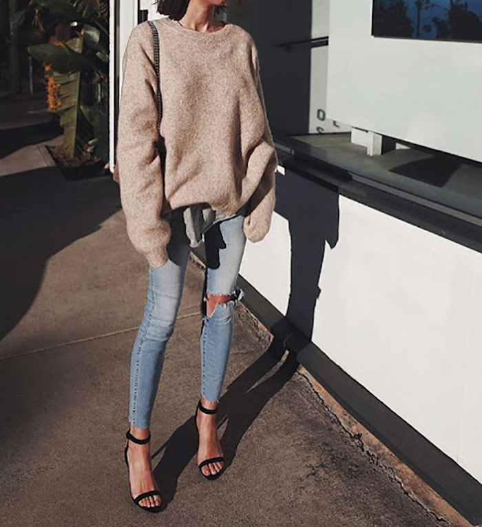 skinny-jeans-with-over-sized-top-surcoats2