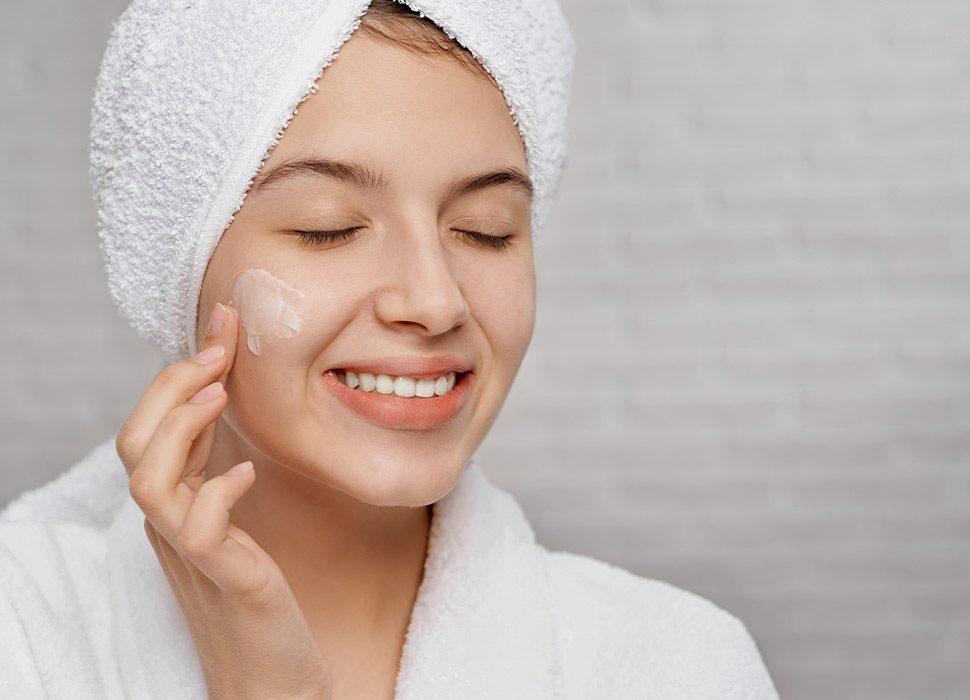 Why-You-Should-Use-Anti-Wrinkle-Eye-Cream